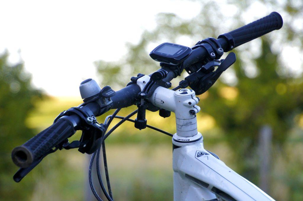 自転車通勤 ダイエット クロスバイク