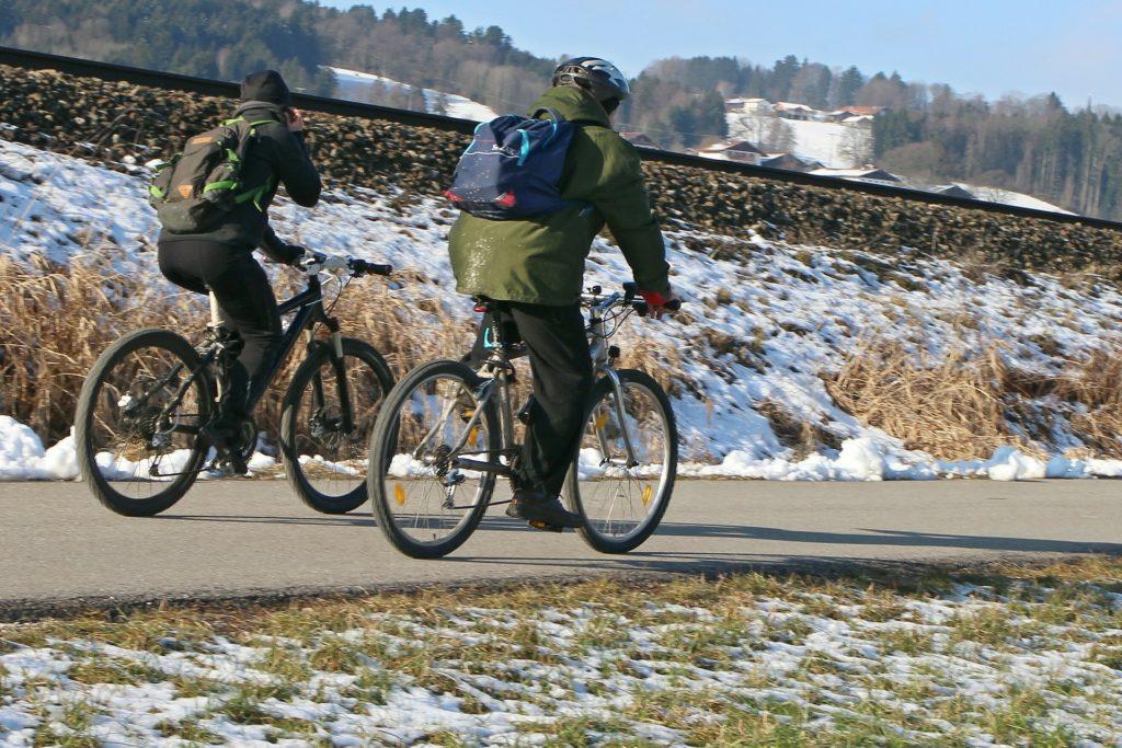 自転車通勤 服装 冬のおすすめ