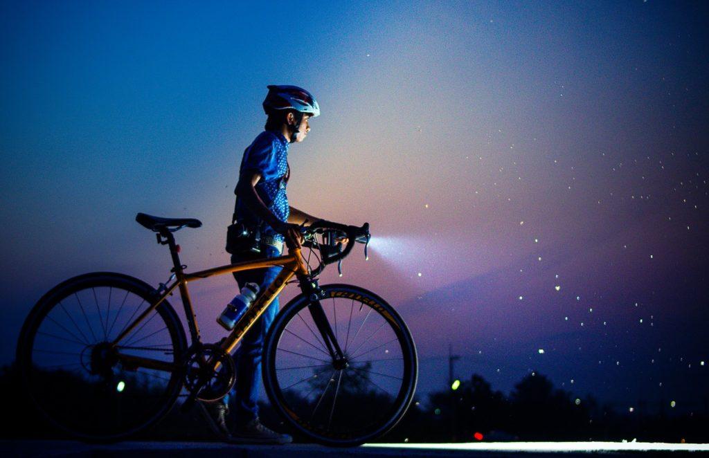 自転車ライト 明るさ