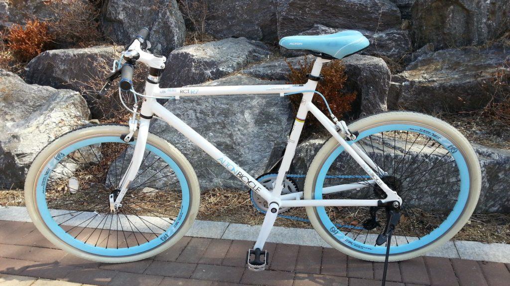 26インチ 自転車 フラットハンドル