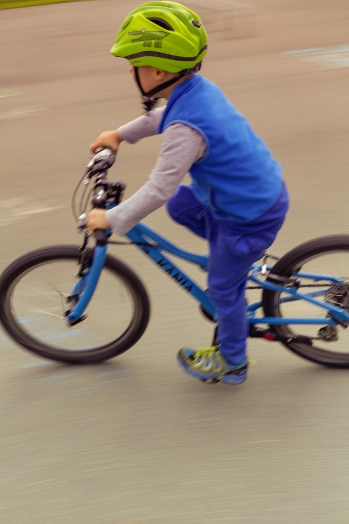 子供 自転車 ターン