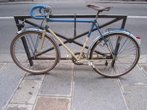 プジョーヴィンテージ自転車