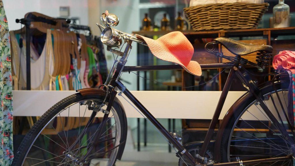 自転車 帽子 日焼け対策