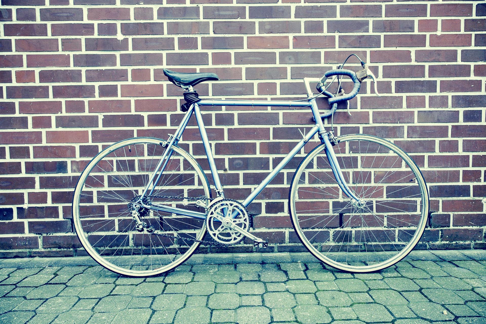 自転車 GPSトラッカー 盗難防止