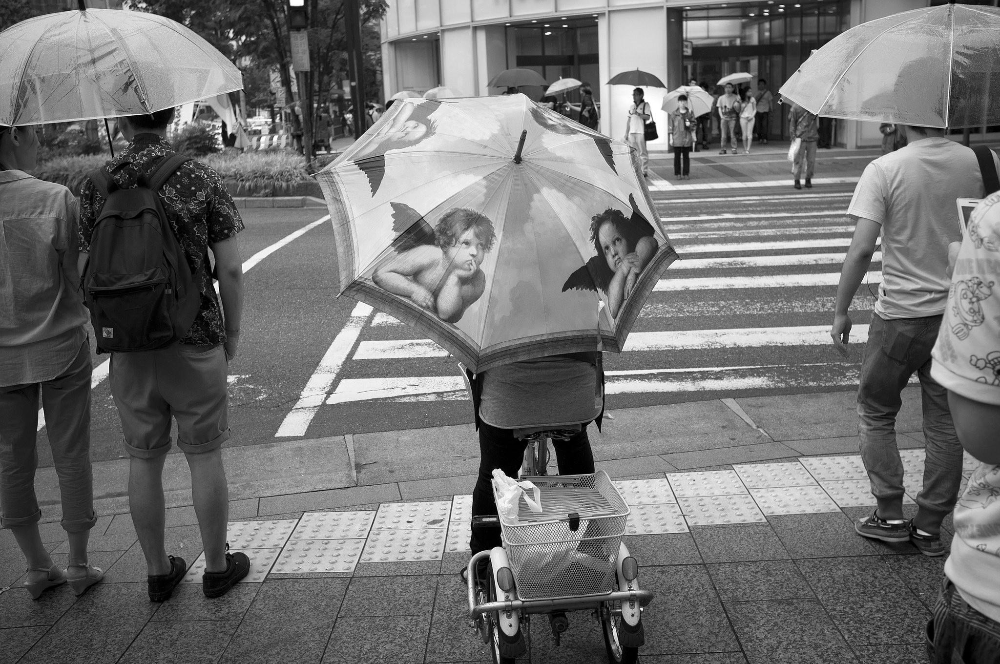 自転車 傘差し運転 違反