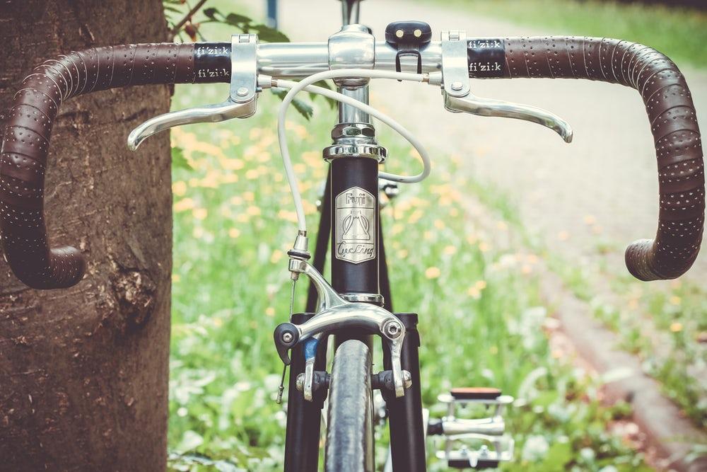 自転車 リム掃除 ブレーキシュー