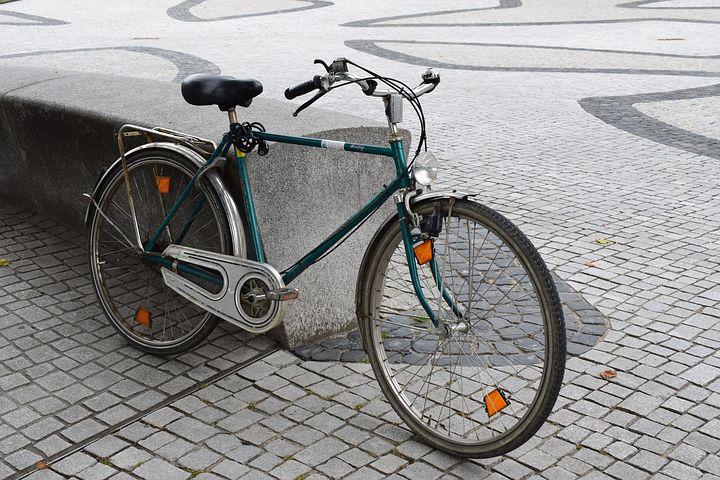 自転車 前輪ブレーキ音