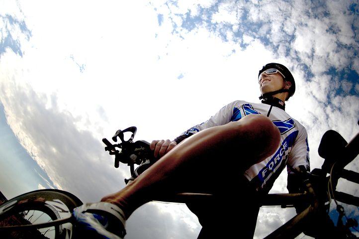 自転車 パンツ 特徴